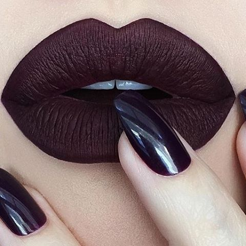 How to Rock Dark Lipstick