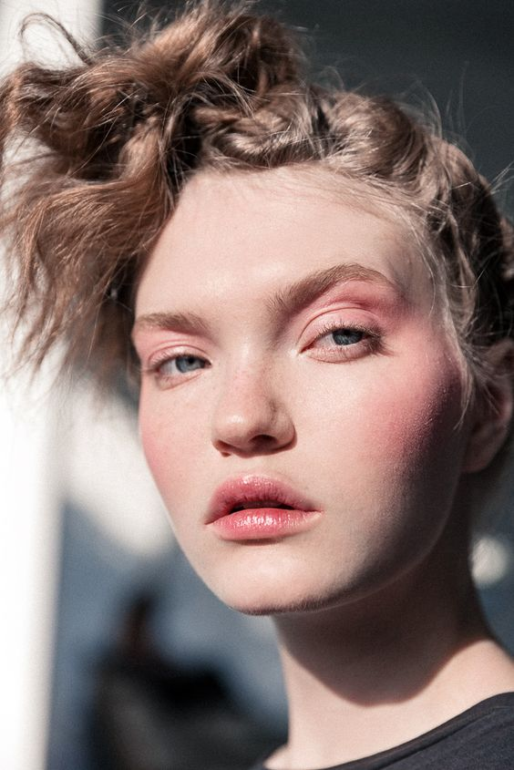 How to Pull Off Bold Blush