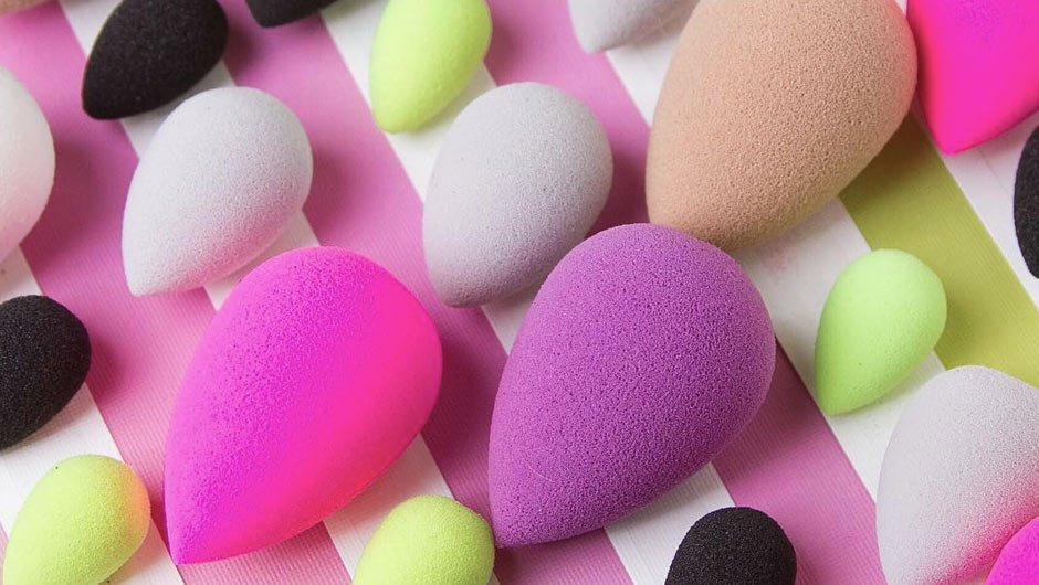 7 tips for using a beautyblender correctly 1 1 7 Tips for Using a Beautyblender Correctly