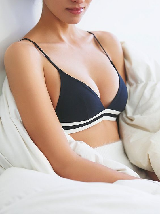 10 Types of Bras Every Woman Should Own