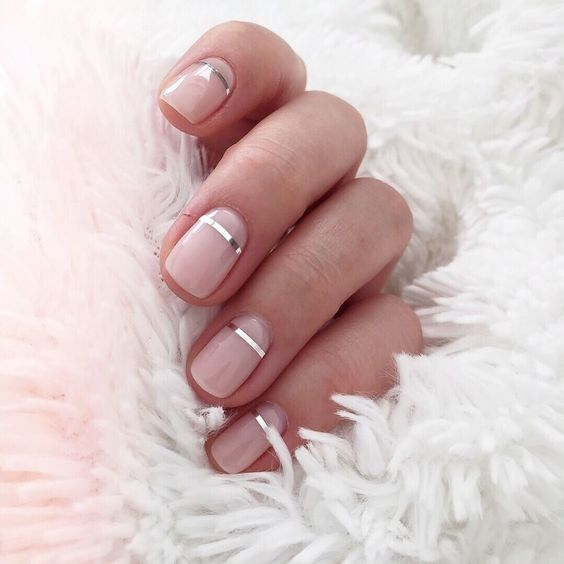 15 Gorgeous Minimalist Nail Design Ideas