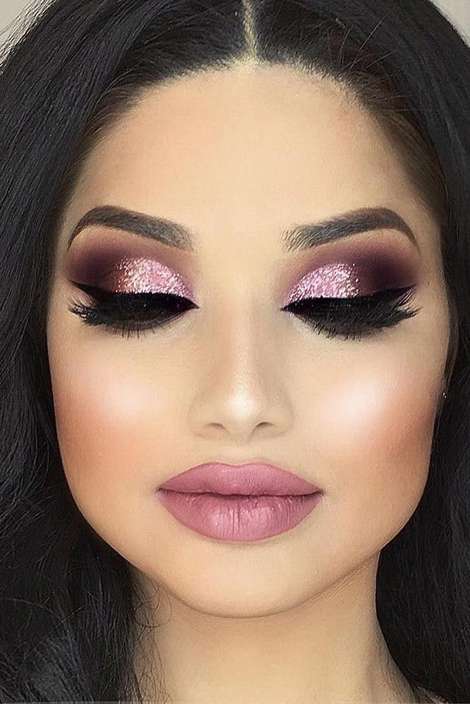 20 glamorous eye makeup looks hottest makeup trends her style code. Black Bedroom Furniture Sets. Home Design Ideas