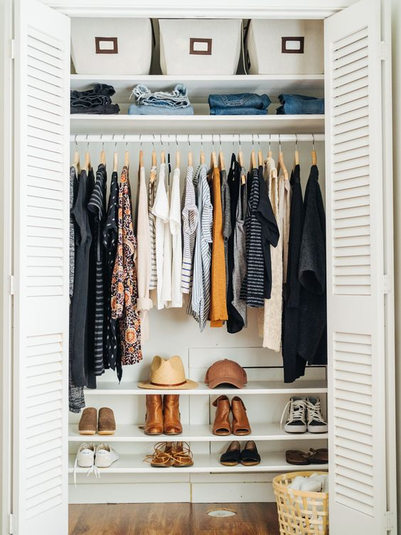 Welcome inside my closet! :) I'm so excited to share this with you today! My goal was to keep this post realandalso fun to look at. So just keep in mind, this is mycloset, b…