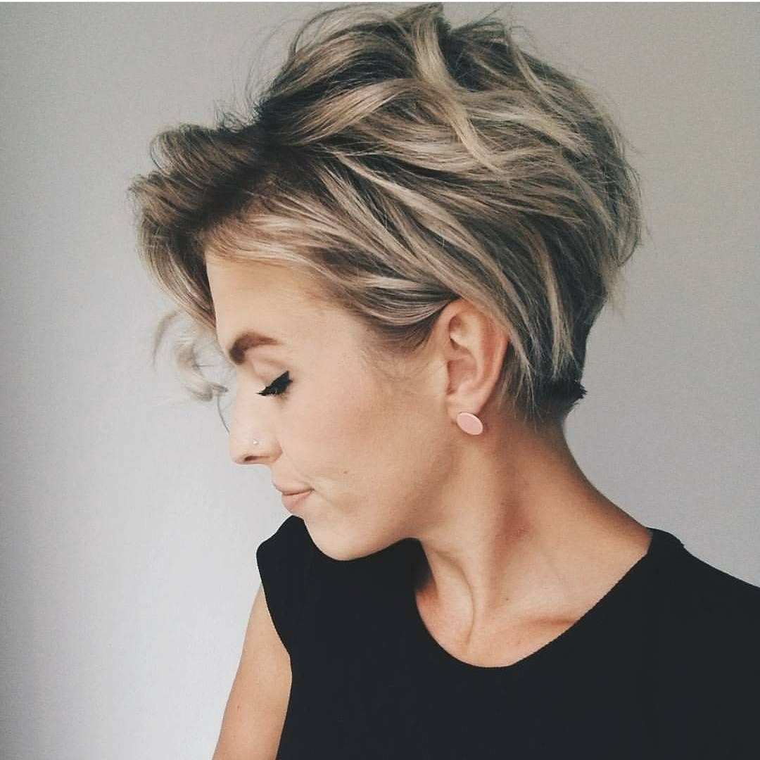 30 Best Short Hairstyles Haircuts Bobs Pixie Cuts Ombre