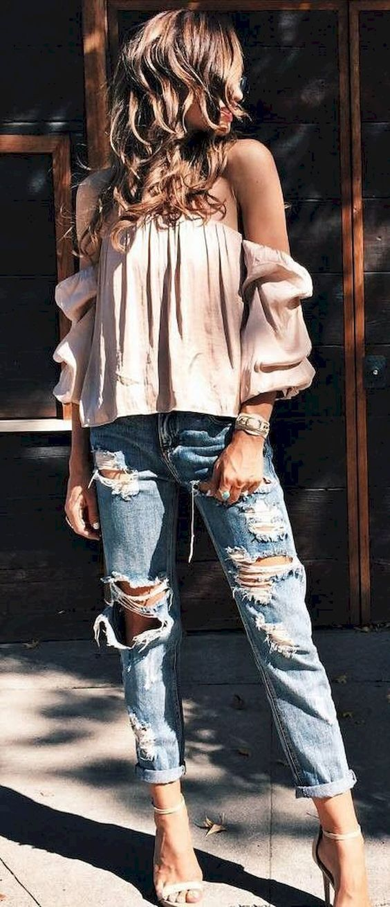 9b32fe515d9 Stunning 36 Trending Summer Outfit Ideas with Off the Shoulder Top  https   stiliuse