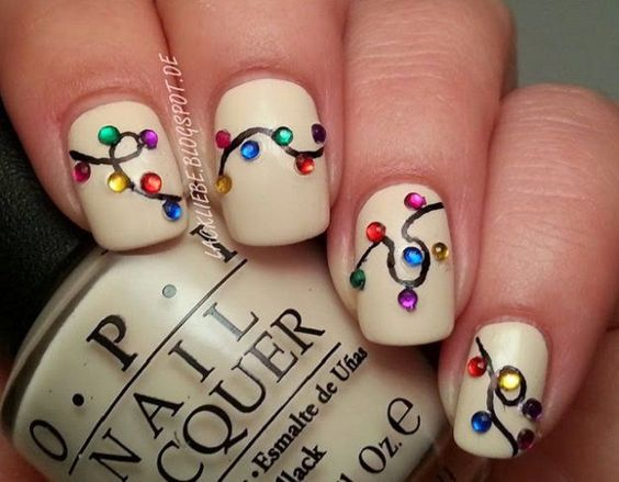 11 Holiday Nail Art Designs Too Pretty To Pass Up - Makeup TutorialsFacebookGoogle+InstagramPinterestTumblrTwitterYouTube