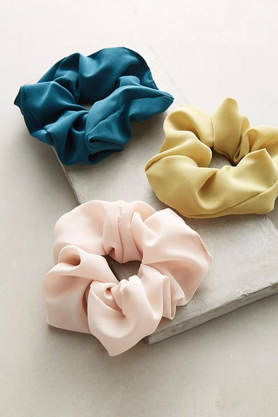 The '90s are Back, and So Are Scrunchies — Here's How to Make Them Look Chic