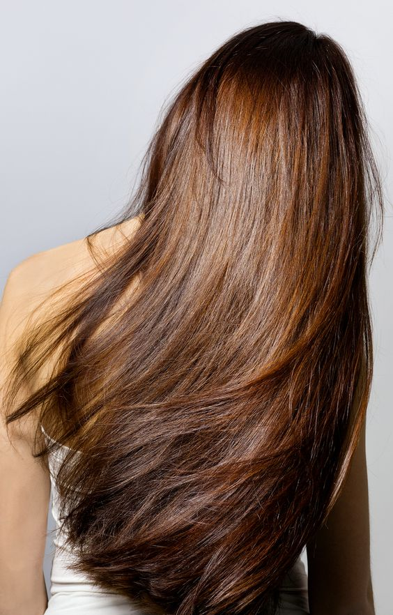 Hair Glaze vs. Hair Gloss? We've Got The Scoop on the Actual Difference | InStyle.com To clear up the discrepancy that these formulas are the same, we talked to expert stylists and colorists to educate us on the actual difference. Find out their expert advice.
