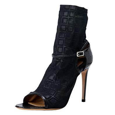 top-10-best-luxury-heels_herstylecode-7