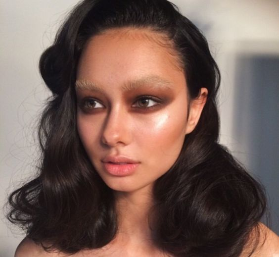 7-wild-brow-trends-youll-want-to-try_herstylecode-5