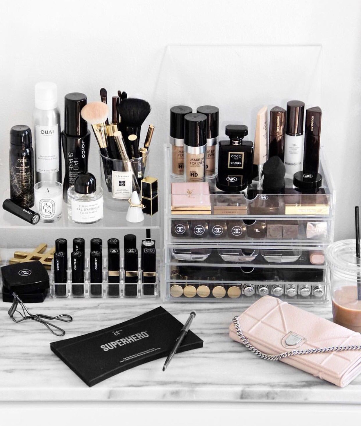Best Makeup Products for Acne Prone Skin 3 Best Makeup Products for Acne-Prone Skin