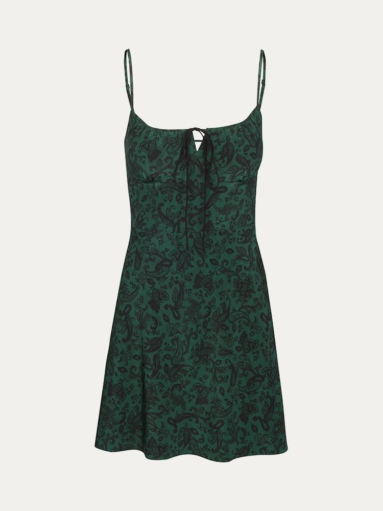 vanessa-hudgens-outfit-ideas-green-dress-fur-sandals_herstylecode