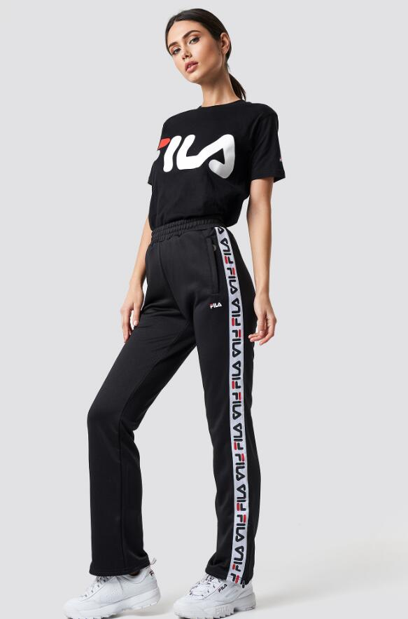 fila outfit ideas for women