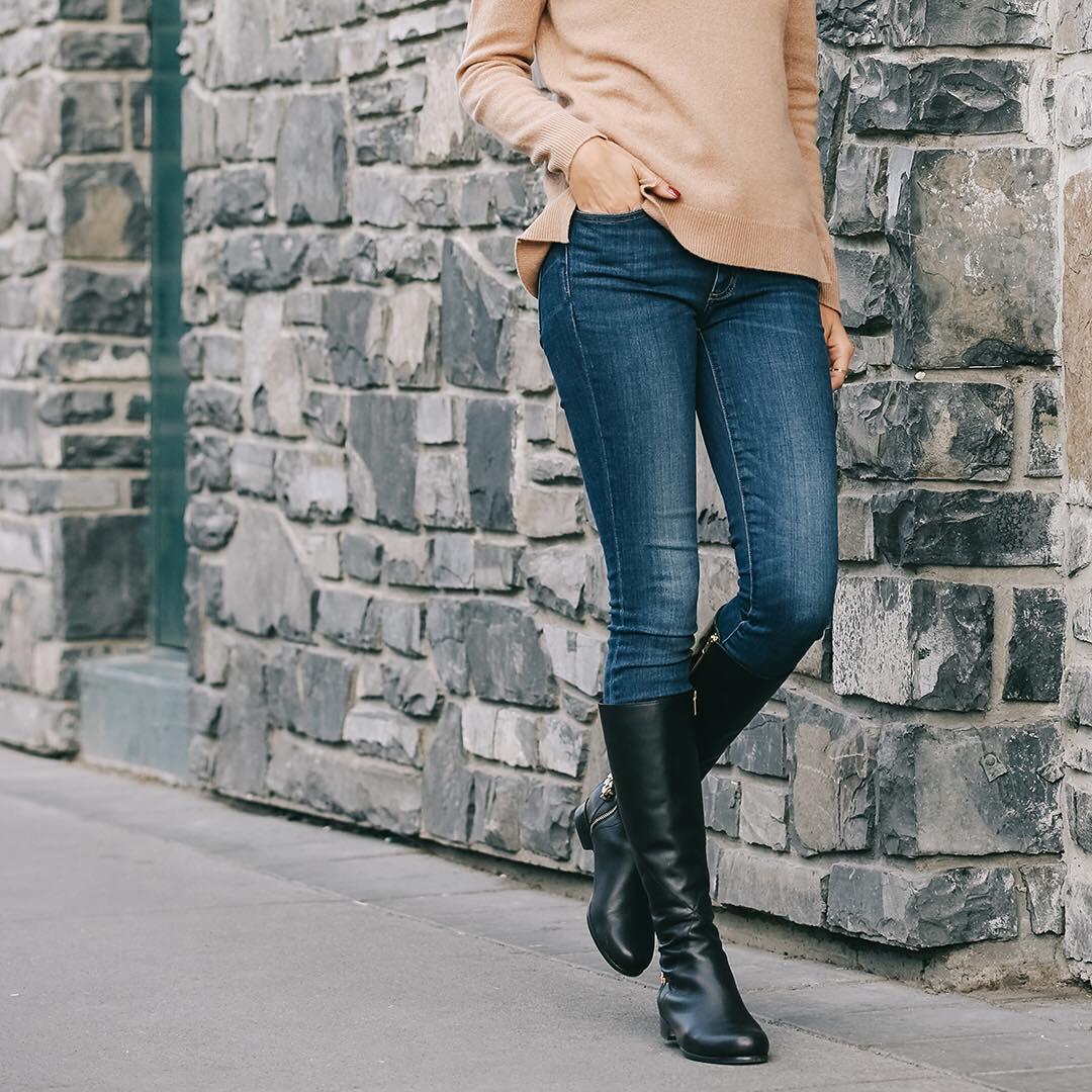 poppybarley 11821839 764853956957857 1423501979 n How to wear Skinny Jeans with Y2K