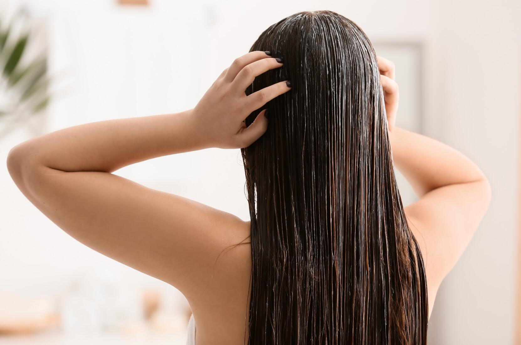 how to wash your hair in the right way