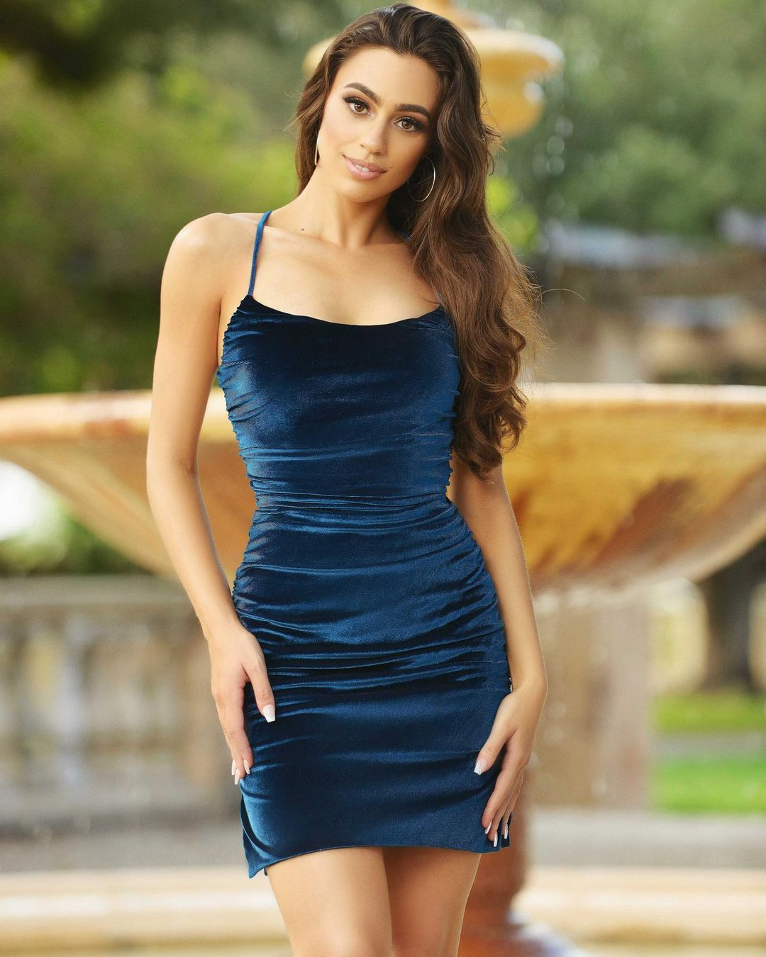 ladyblacktie 238718307 1276578182770863 8232963401966745524 n Alternatives to the LBD (Little Black Dress)